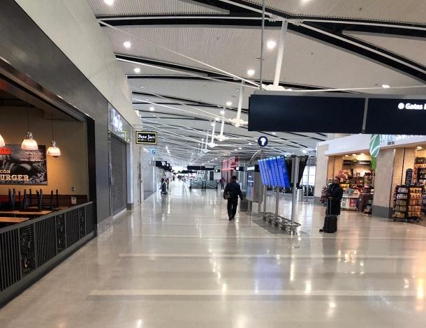LJB-client-visit-empty-airport-1200